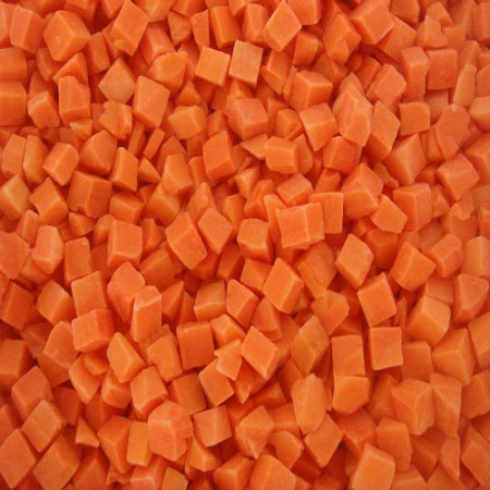iqf-frozen-carrot-cube-10-10-ml